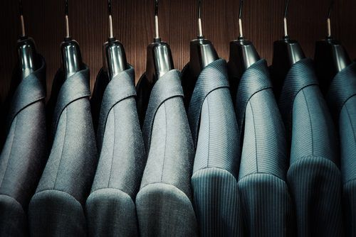 Insider Activity: Tailored Brands (TLRD)