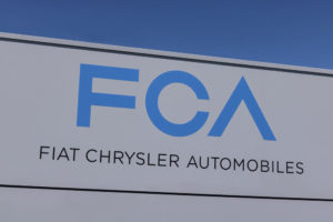 Fiat Chrysler Surged on Revised Peugeot Deal as Large Option Trade Materializes